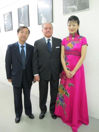 Colombo Clerici con Jian Kemei e direttore
