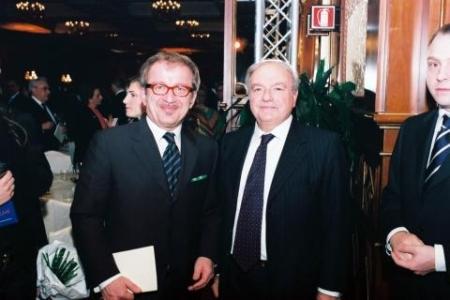 Achille Colombo Clerici con l'allora Ministro dell'interno Roberto Maroni al Premio Excellent 2011