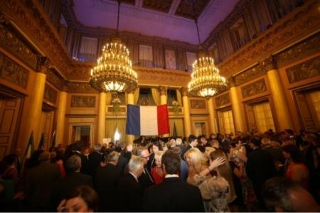 Francia Festa Nazionale Console sala