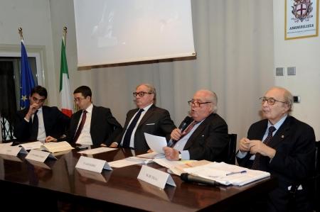 tavolo dei relatori 4