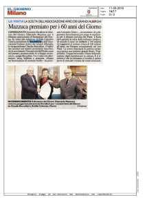 Giancarlo Mazzuca riceve la pergamena del premio Excellent per i sessant'anni del Giorno
